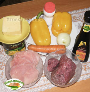 Перцы фаршированные мясом и кукурузой