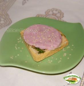 Бутерброд из гороховой лепешкой