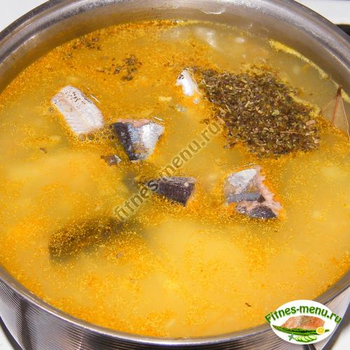 Добавляем в суп специи